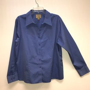 No-Iron Women's Blue Oxford Button Up Shirt